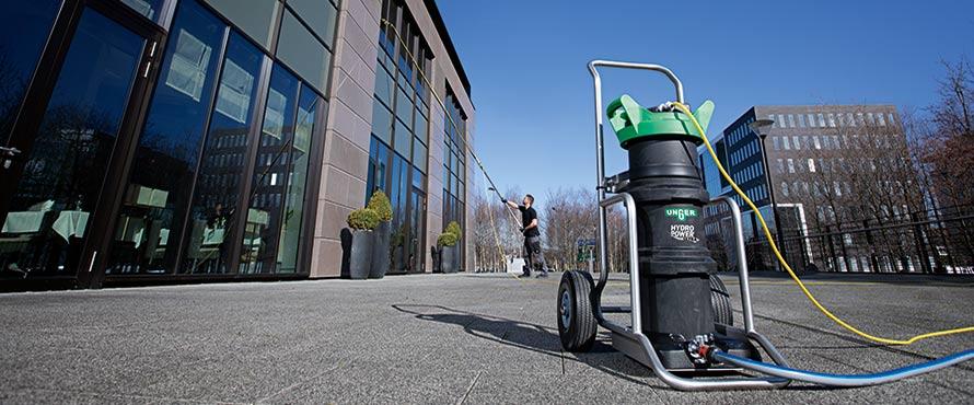 Systèmes de nettoyage avec eau pure