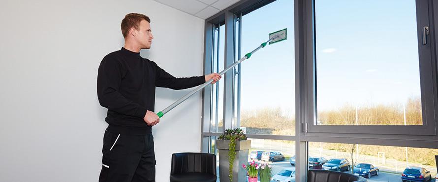 Sistema di pulizia interna delle finestre