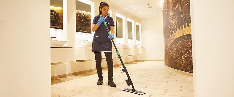 Reiniging van sanitaire ruimtes